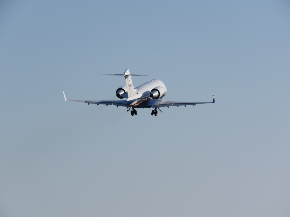 3 Things Every Pilot Needs to Know About… Taking Pictures of Airplanes! (5/6)