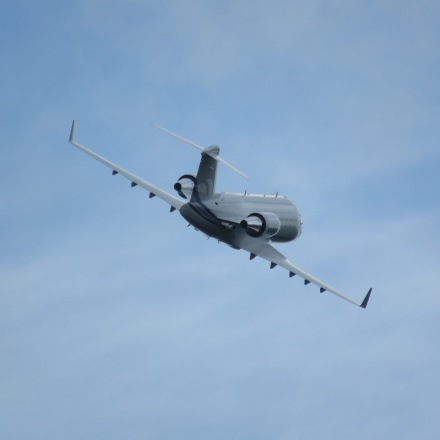 Challenger 60 departing, really like the look of this picture, no edits... (8/21)