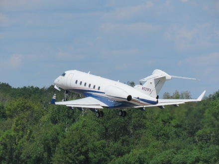 A Challenger 600-series just after rotation, on climb out from Runway 32 at EWB. (5/27)